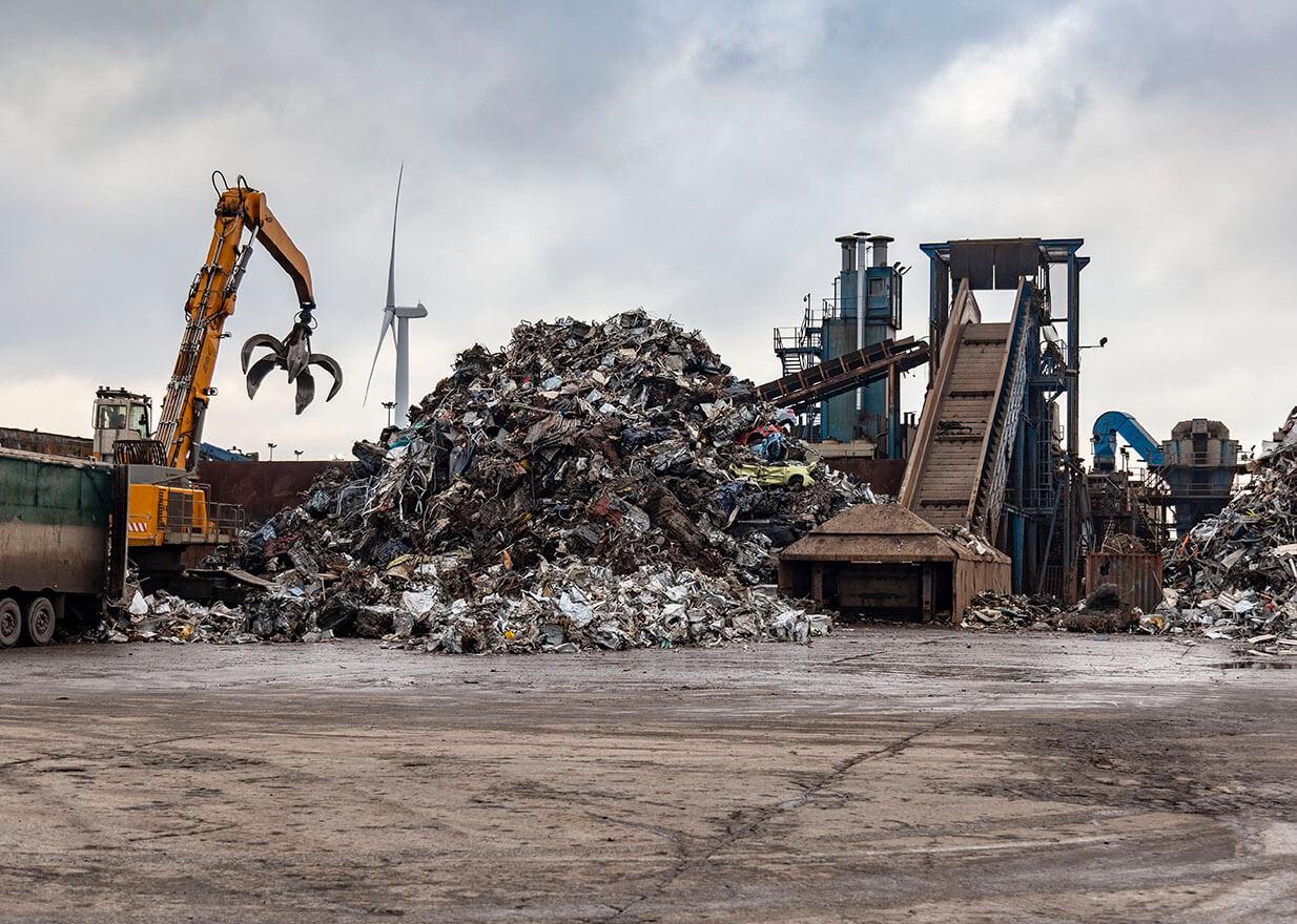 EMR's mega shredder at EMR Liverpool Alexandra Docks